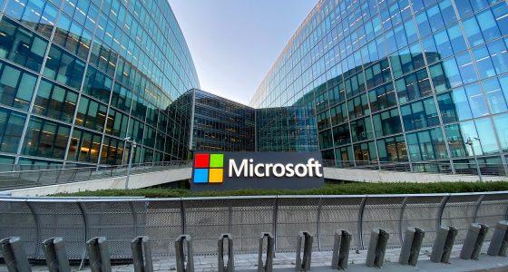 บริษัท Microsoft โบนัสให้กับพนักงานจำนวน 1,500$